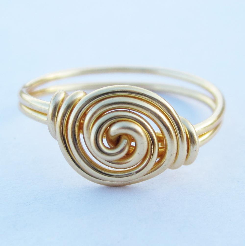 Gold Rosette Ring