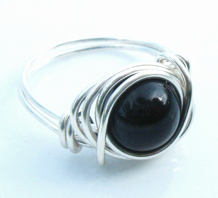 Swarovski Pearl Ring in Black and Silver