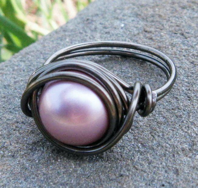 Swarovski Pearl Ring in Powder Pink and Gunmetal